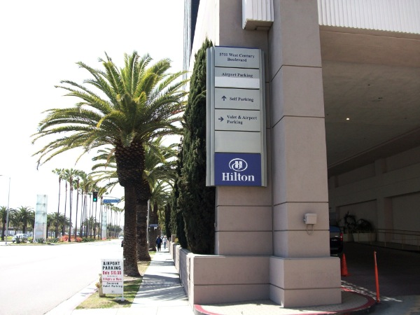 Hilton Lax Parking At Los Angeles International Airport